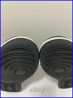 Air Jordan 1 Retro High OG Shadow 2018 Size 9.5 Og With Keychain