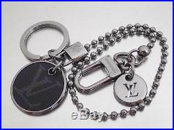Auth Louis Vuitton Monogram Eclipse ID POCKET KEY CHAIN CHARM KEY HOLDER e42264