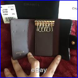 Authentic CHANEL six ring key holder. Black caviar with gold hardware