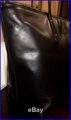 COACH Disney X Mickey City Ltd Ed Black Leather Tote Wristlet Keychain 56645