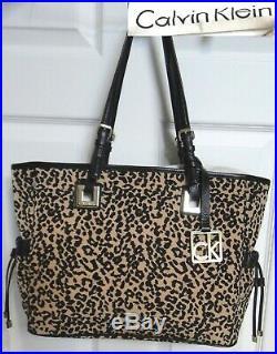 Calvin Klein Summer Wear Crossbody/Shoulder Bag Animal Prnt Tote withKey Chain