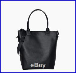 Daame Everest 13 Leather Tote with Keychain (Orig $399)