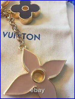LOUIS VUITTON FLEUR DE MONOGRAM Bag Charm Key Chain M67119