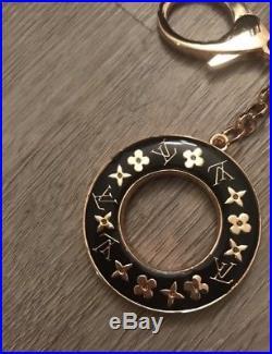 LOUIS VUITTON LV Circles Keyring Keychain Bag Charm gold And Black