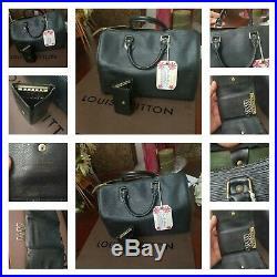 LOUIS VUITTON Speedy 30 Epi handbags leather Noir withkeys chains, gift bag