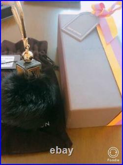 LOUIS VUITTON mink fur charm key ring / key chain black m62732281580 Pre-owned