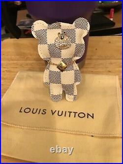 Louis Vuitton Damier bear keychain/bag charm