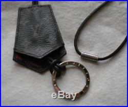 Louis Vuitton Monogram Eclipse Enchape key holder/ring