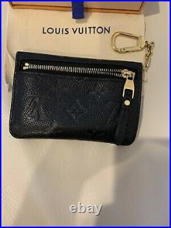 Louis Vuitton wallet Pouch With Keychain