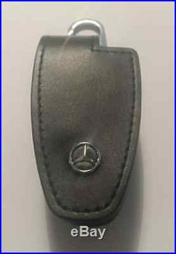 Mercedes-Benz Key Case And Chain Black Leather B66958140 Collection Genuine New