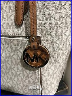 Michael Kors Jet Set Classics MD Multifunction Pocket Tote, Wallet, & Keychain