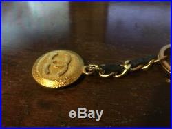 Vintage Chanel key ring Key holder Gold Black Authentic Y4694